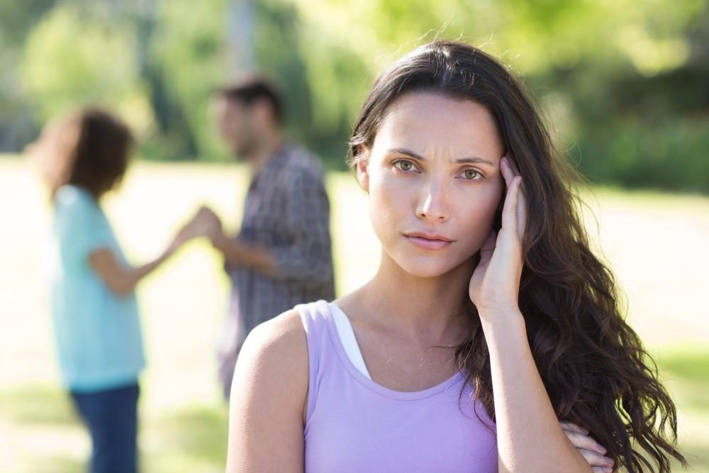 How to Make Your Ex-Girlfriend / Boyfriend Jealous